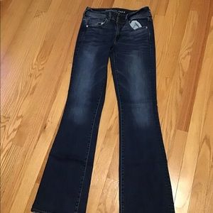 American Eagle Jeans Size 6  in good condition